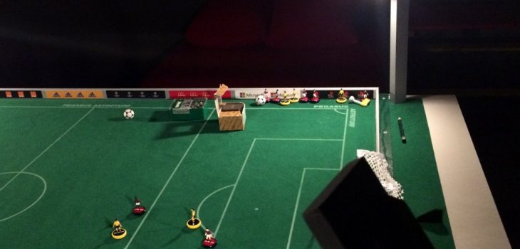 diy-subbuteo-floodlights
