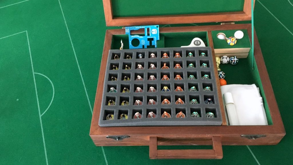 DIY Subbuteo Carrying Case